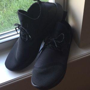 🏃🏻♂️Men's Nike Slip On Runner's Shoes.